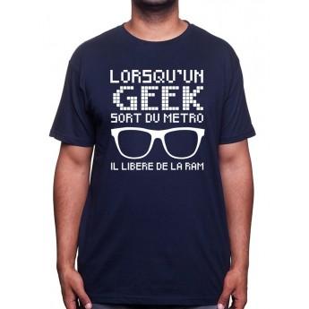 lorsqu'un geek sort du mÈtro - Tshirt Tshirt Homme Gamer